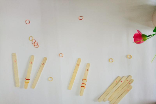 popsicle stick game with toddler