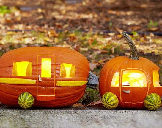 CAR PUMPKIN DECOR
