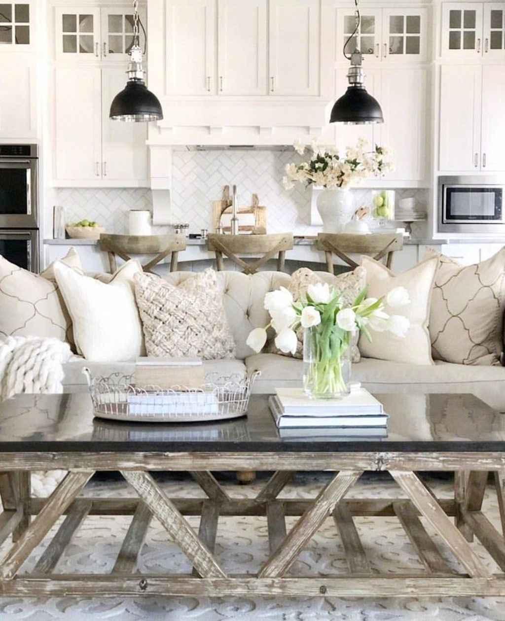 WHITE SPRING DECOR