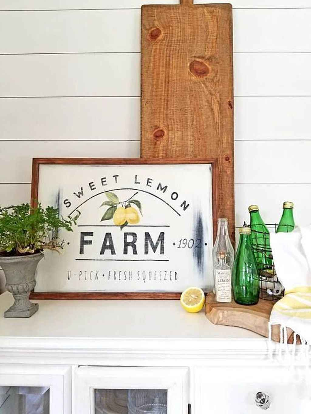 LEMON FARM SPRING DECOR